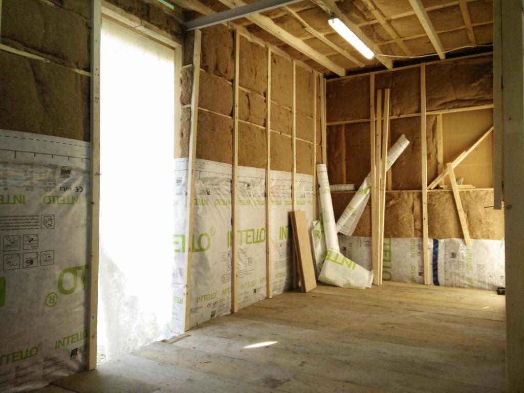 innenausbau dampfbremse q box wohnmodule. Black Bedroom Furniture Sets. Home Design Ideas